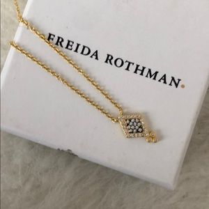 NWT Freida Rothman necklace